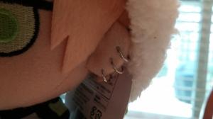 Noiz's earrings