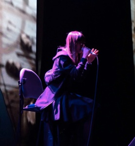 Soulful performance by Aimer! Photo credit: Musicman-Net.