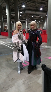 Saber Lily and Saber Alter at the Kawasumi autograph line!