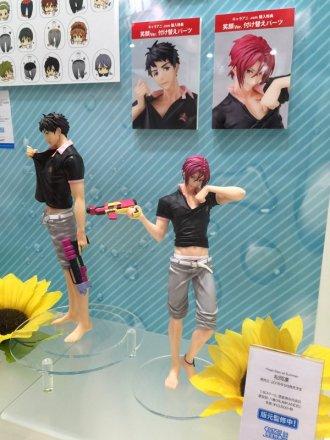 Sexy Rin and Sosuke figures!